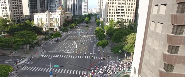 2017 Taichung Run臺中幸福開跑 為花博暖身精彩空拍剪輯
